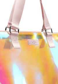myMo - Bolso shopping - pink holo - 4