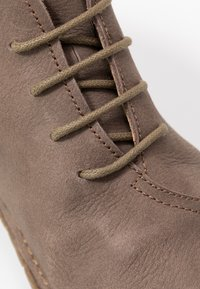 El Naturalista - WARAO - Ankle boots - pleasant plume - 2