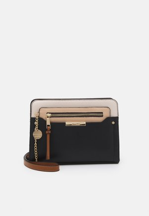 MARGARETHE  - Across body bag - jet black