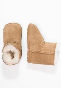UGG - ERIN - First shoes - chestnut - 1