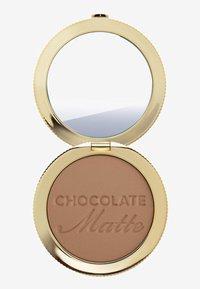 Too Faced - SOLEIL BRONZER - Bronzer - chocolate - 2