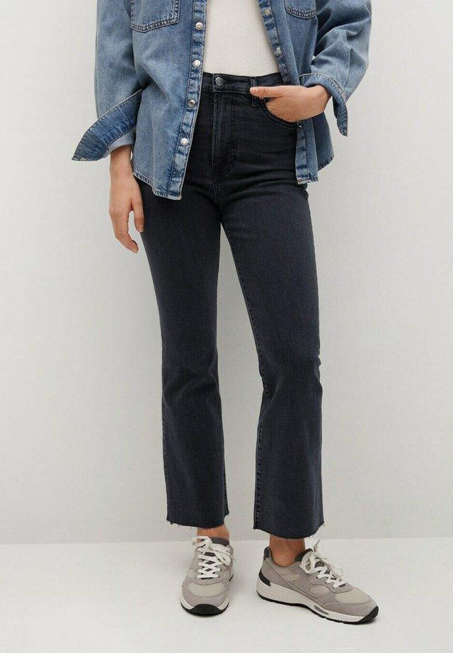 SIENNA - Jeans bootcut - black denim