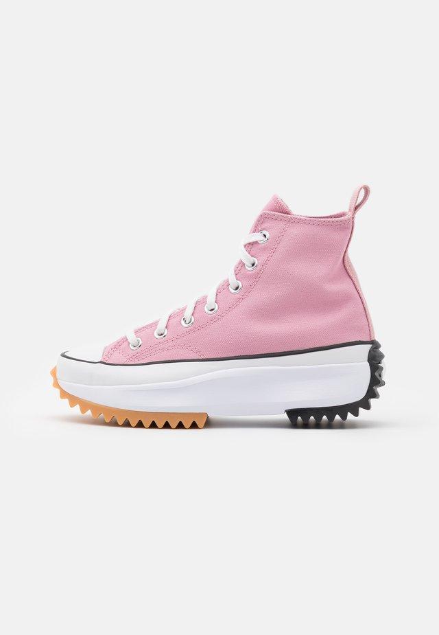 RUN STAR HIKE - Baskets montantes - lotus pink/white/black