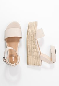 Rubi Shoes by Cotton On - CRYSTAL WEDGE - Espadrillot - stone - 3