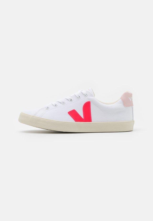 ESPLAR SE - Sneaker low - white/rose/fluo/petale