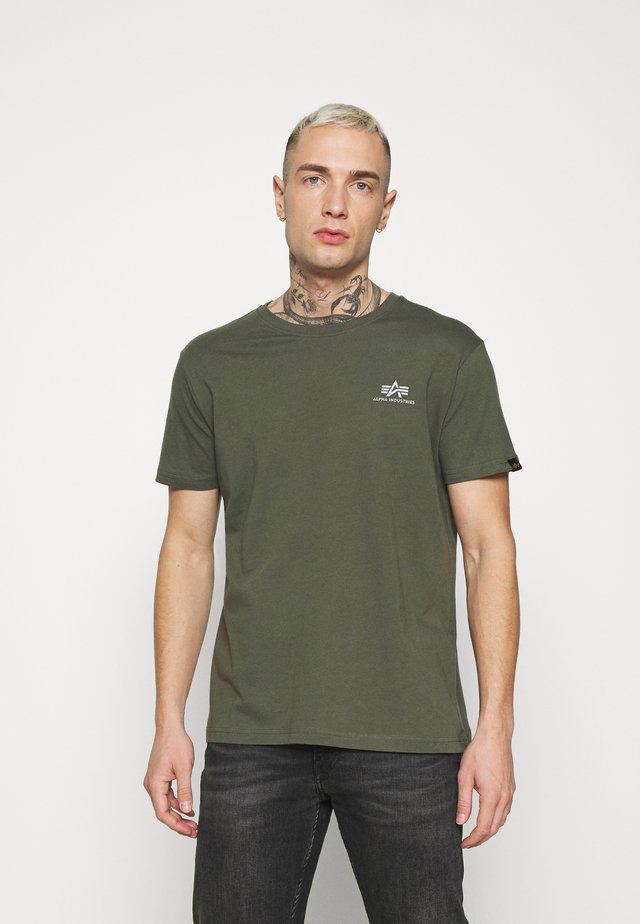 SMALL LOGO REFLECTIVE PRINT - T-shirts basic - dark olive