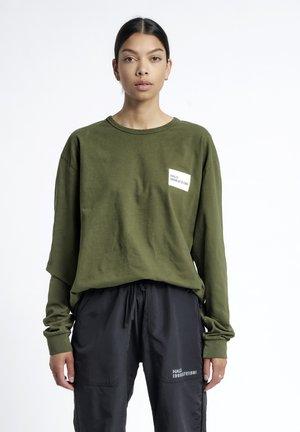 Langærmede T-shirts - winter moss