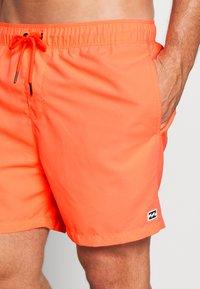 Billabong - Swimming shorts - neon melon - 3