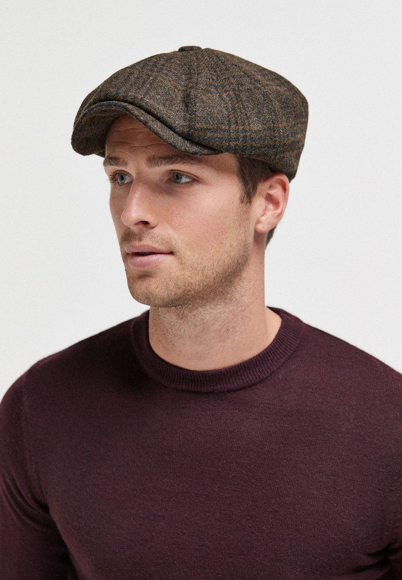 Next - LONDON BAKER - Hat - brown
