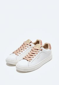 Pepe Jeans - Trainers - pale - 2