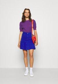 See by Chloé - Print T-shirt - blue/red - 5