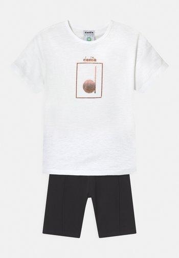 LOGO MANIA SET UNISEX - Leggings - optical white