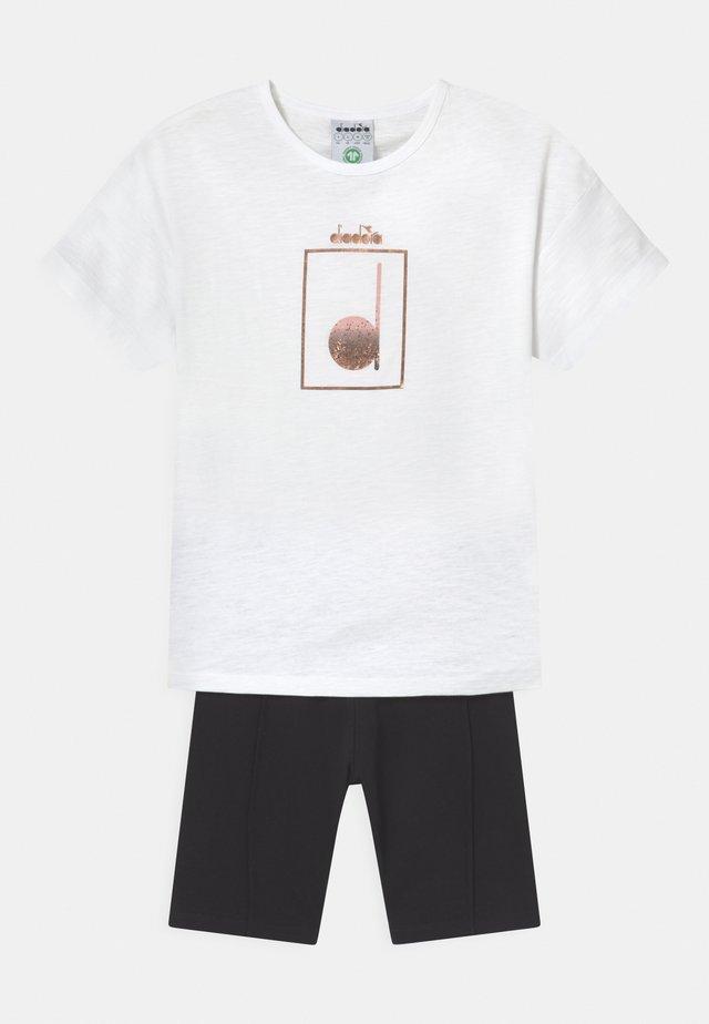 LOGO MANIA SET UNISEX - Collants - optical white