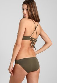 Seafolly - QUILTED HIPSTER - Bikini bottoms - dark olive - 2