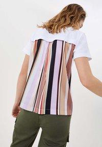 LIU JO - Print T-shirt - white - 2