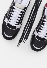 Emporio Armani - Sneaker low - black - 5