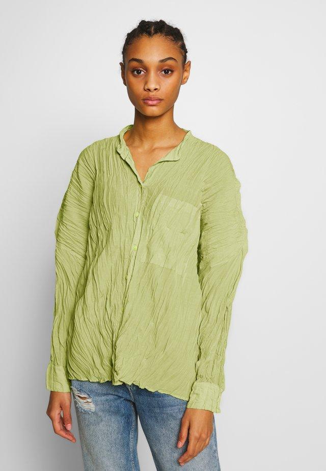 WRINKLE SHIRT - Blouse - light green