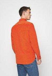 Tommy Hilfiger - FLEX - Shirt - orange - 2