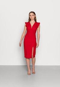WAL G PETITE - Pouzdrové šaty - red - 0