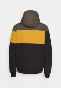 Brunotti - KENNETH MENS JACKET - Snowboard jacket - black - 9