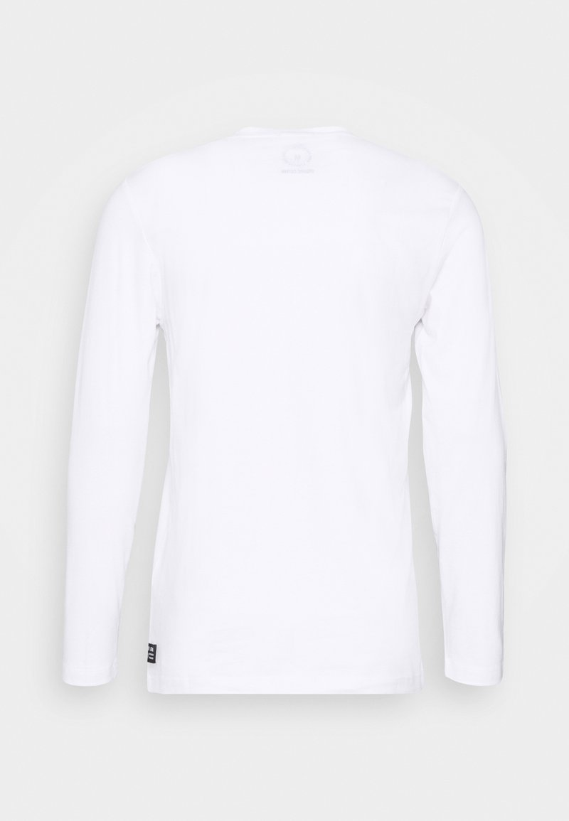 TOM TAILOR DENIM LONGSLEEVE WITH CHEST PRINT - Langarmshirt - white/weiß tk6HfM