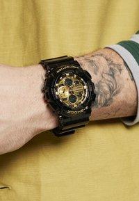G-SHOCK - Cronografo - black/gold-coloured - 0