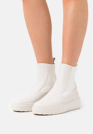 CPH113  - Platform ankle boots - eggshell