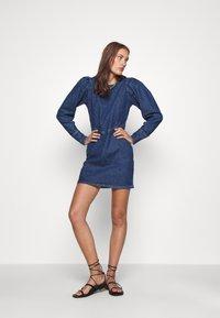 Cras - FANNYCRAS DRESS - Denim dress - denim light blue - 1