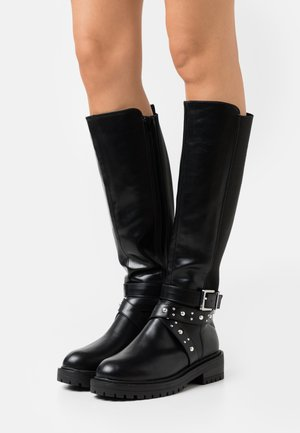 WIDE FIT AXEL STUD STRAP STRETCH BACK - Cowboy/Biker boots - black