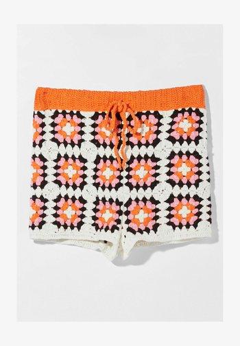 MIT PATCHES  - Short - orange