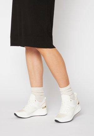 THRUNDRA - Sneakers laag - white