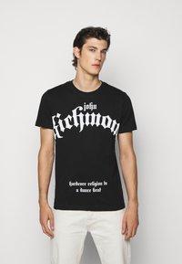 John Richmond - FONDULAC - T-shirt print - black - 0