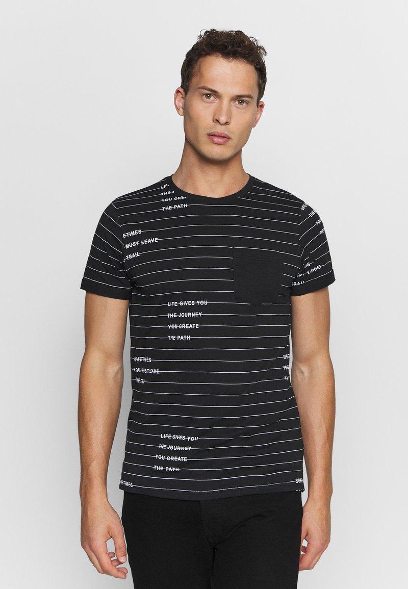 INDICODE JEANS - ECHOLS - T-shirt med print - black