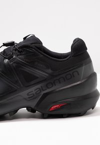 Salomon - SPEEDCROSS 5 GTX - Chaussures de running - black/phantom - 5