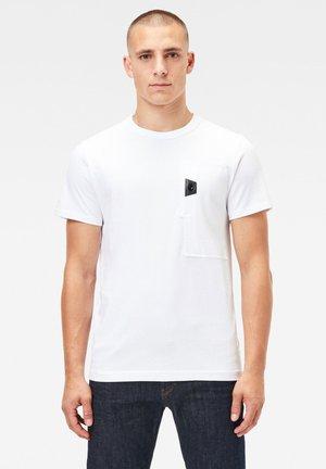 UTILITY POCKET LOGO - T-shirt print - white
