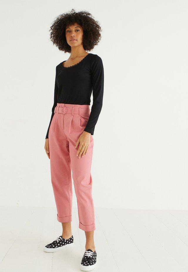 Pantaloni - pink