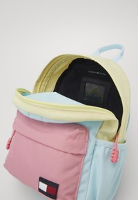 Tommy Hilfiger - CORE MINI BACKPACK - Rugzak - pink - 4
