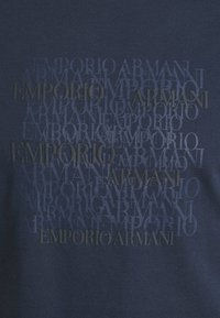 Emporio Armani - T-shirt imprimé - dark blue - 6
