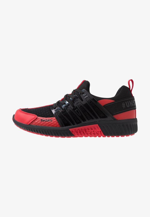 RUNNER UNSTOPPABLE - Sneakersy niskie - black/red