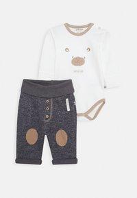 Jacky Baby - WILD WILD WEST SET - Pantalon classique - off white/dunkelblau - 0