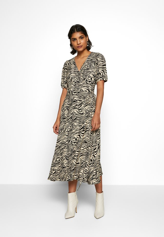 SEPHINA WRAP DRESS - Korte jurk - off-white/black