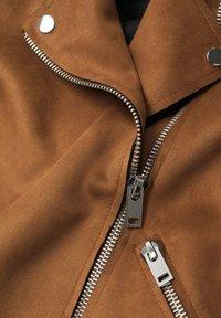 Mango - SEUL - Faux leather jacket - braun - 6
