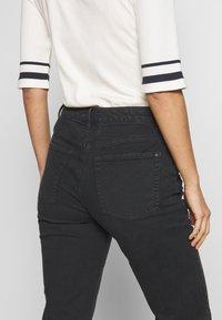 Esprit - MODERN - Jeans Tapered Fit - black - 3