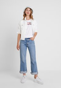 Levi's® - THE PERFECT TEE - Print T-shirt - white - 1