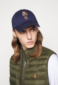Polo Ralph Lauren - NEW BOND CHINO CLASSIC SPORT UNISEX - Cap - newport navy - 0