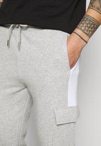 Kings Will Dream - CHAPMAN  - Cargo trousers - grey marl/black/white - 5