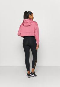 Nike Performance - ALL CROP - Jersey con capucha - desert berry/black - 2