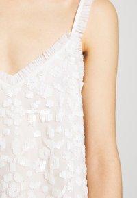 Needle & Thread - HONESTY FLOWER CAMI EXCLUSIVE - Top - moonstone white - 6