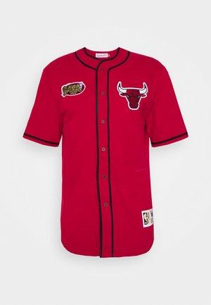 NBA CHICAGO BULLS BUTTON FRONT - Print T-shirt - scarlet