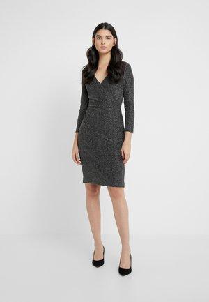 MINI METALLIC - Pouzdrové šaty - black/silver
